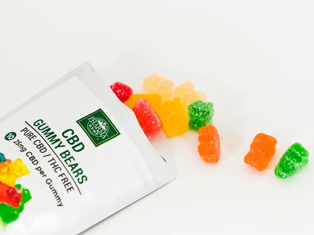 Consommer des bonbons au CBD laissera des traces quelques temps